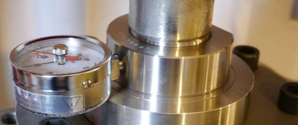 Kalibrierung hydraulische Kraftmessdose